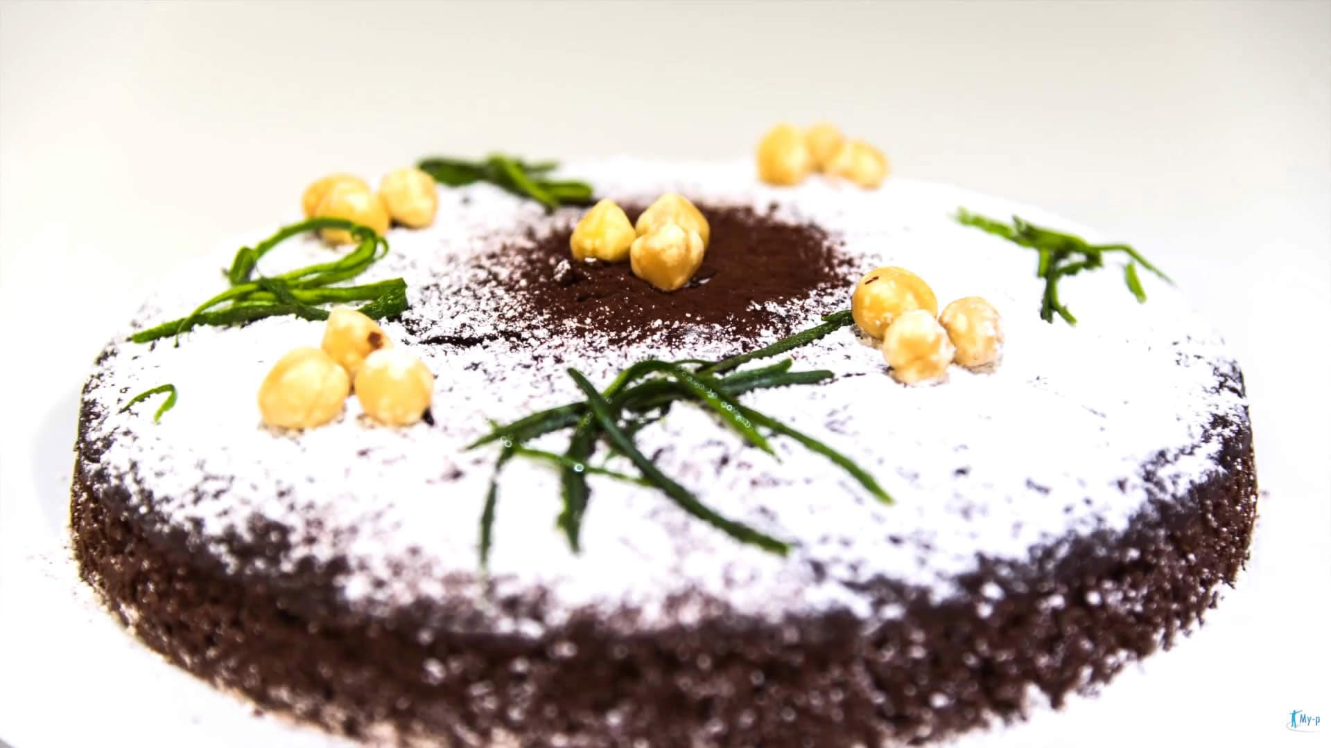 Foto Torta con zucchine, cacao e nocciole - torta vegana senza colesterolo
