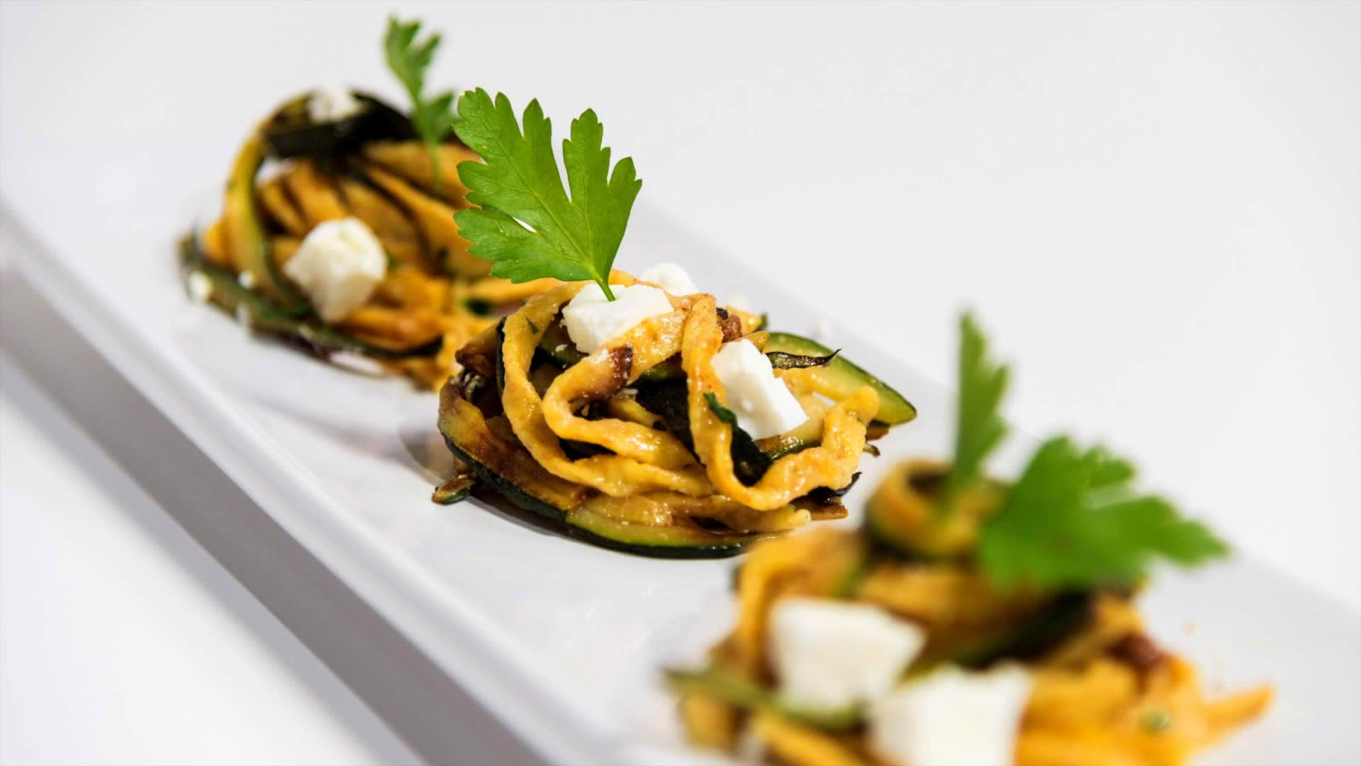 Foto Pasta per Diabetici - Pasta Integrale con Sugo di Zucchine e Ricotta