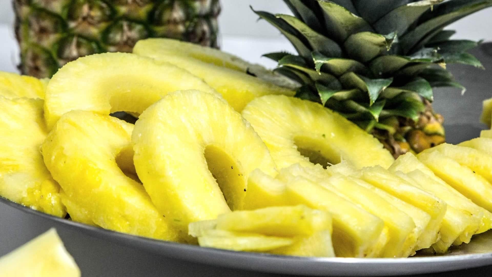 Photo Comment couper l'ananas