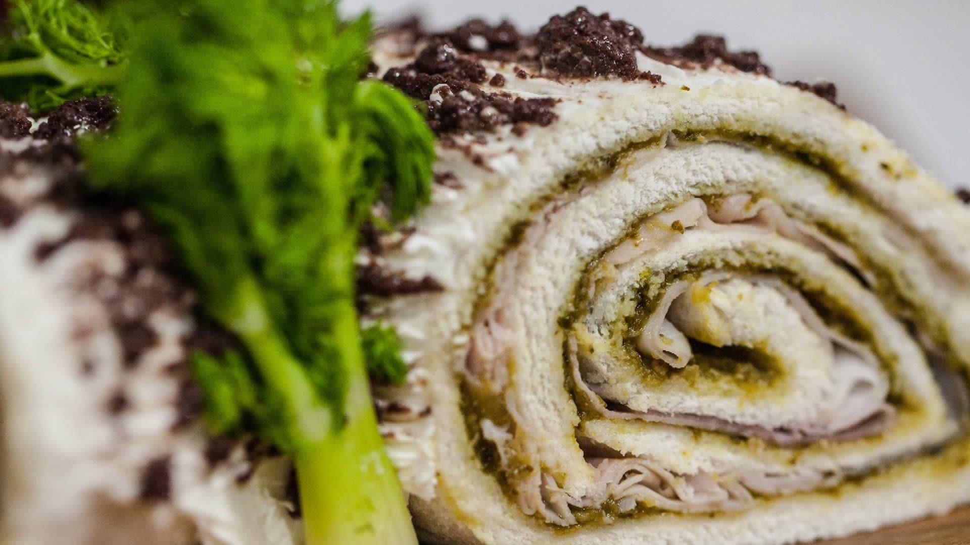 Foto Tronchetto di Natale Salato - Antipasto di Natale