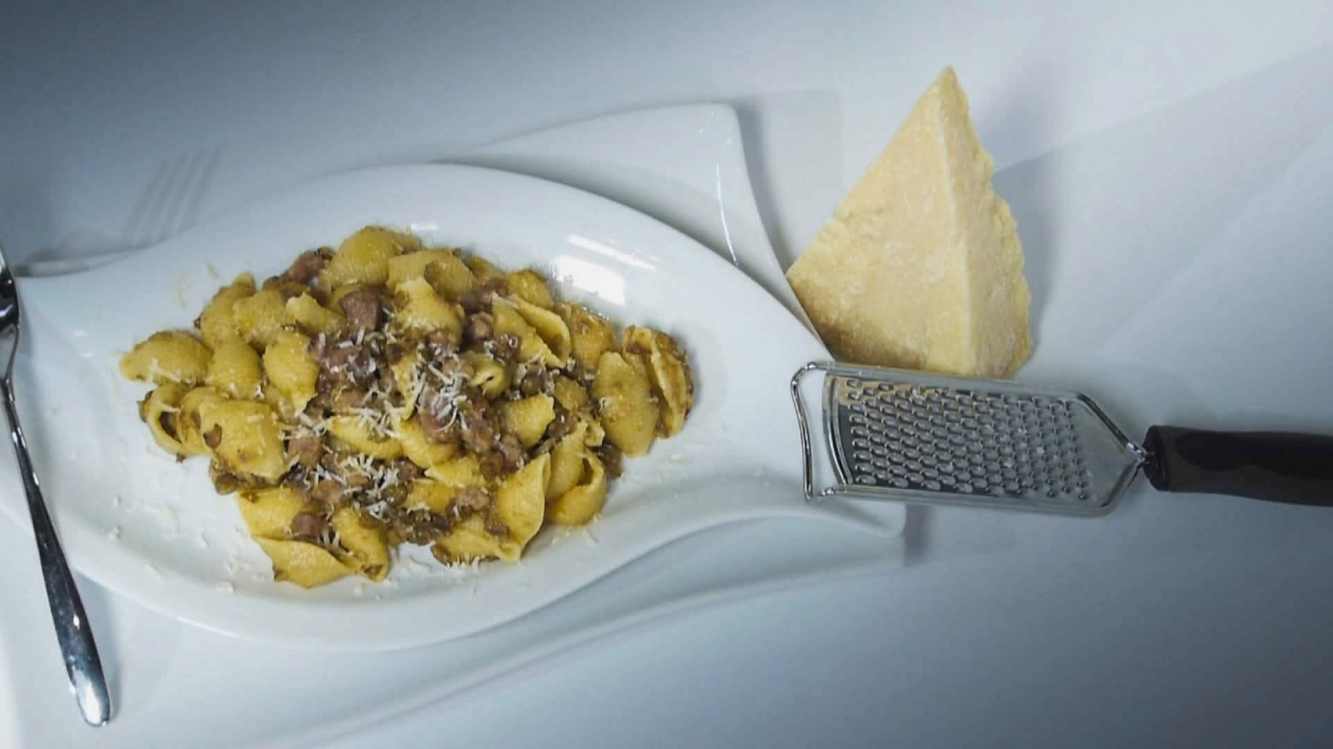 Foto Pasta con Lenticchie - Ricetta con gli Avanzi di Natale