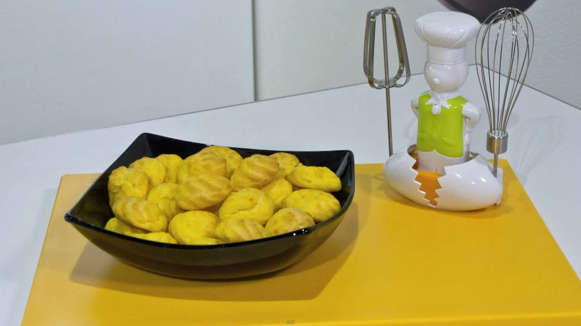 Foto Pasta choux (pasta per bignè)