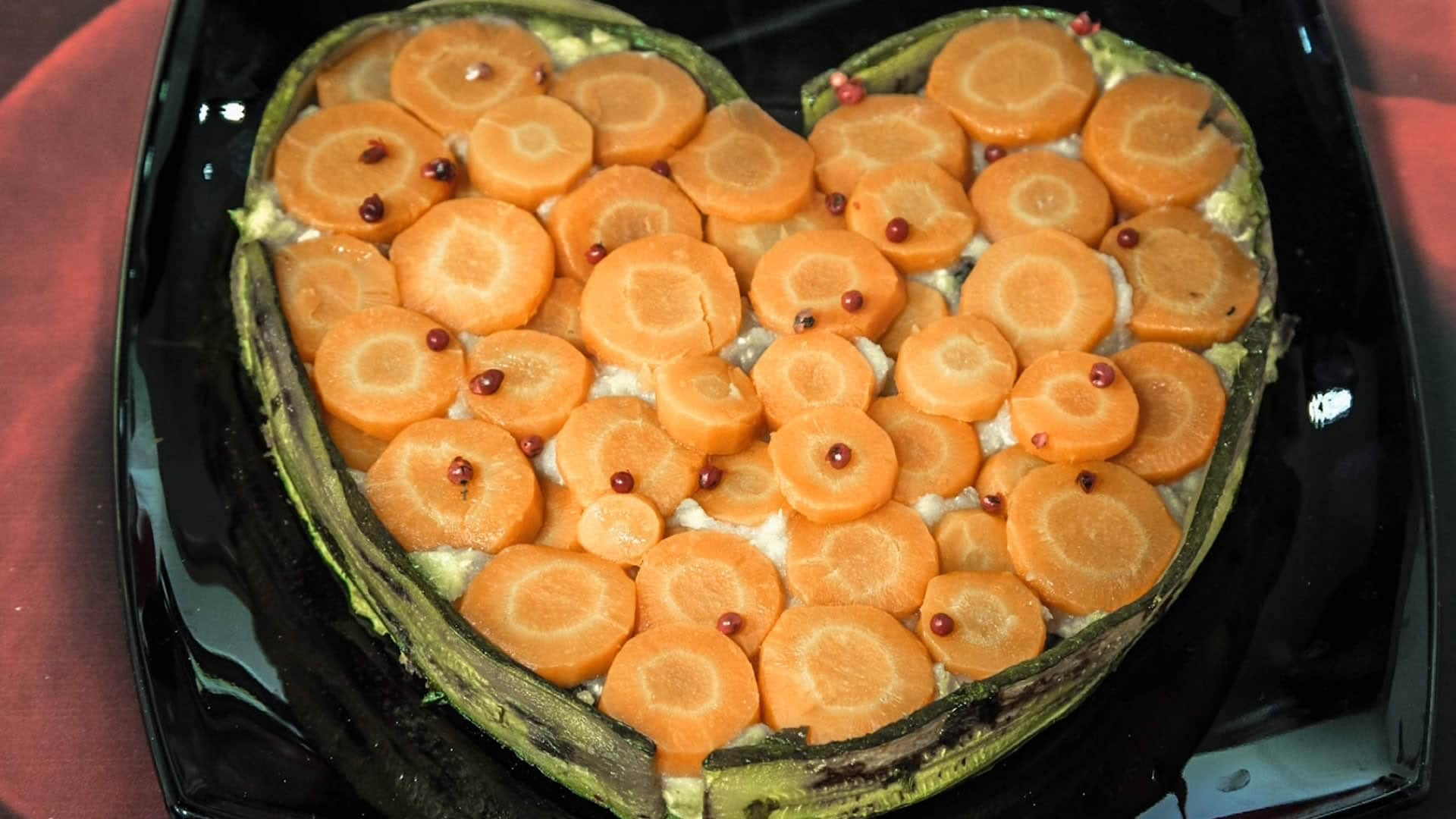 Foto Torta Salata con Salmone e Patate - Ricetta per San Valentino