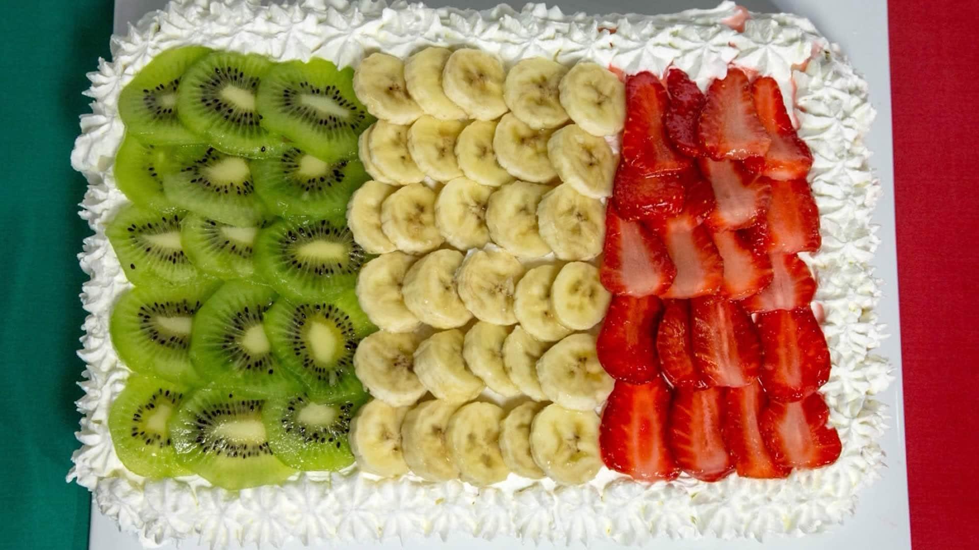 Foto Torta Italia - Pan di Spagna con la Frutta