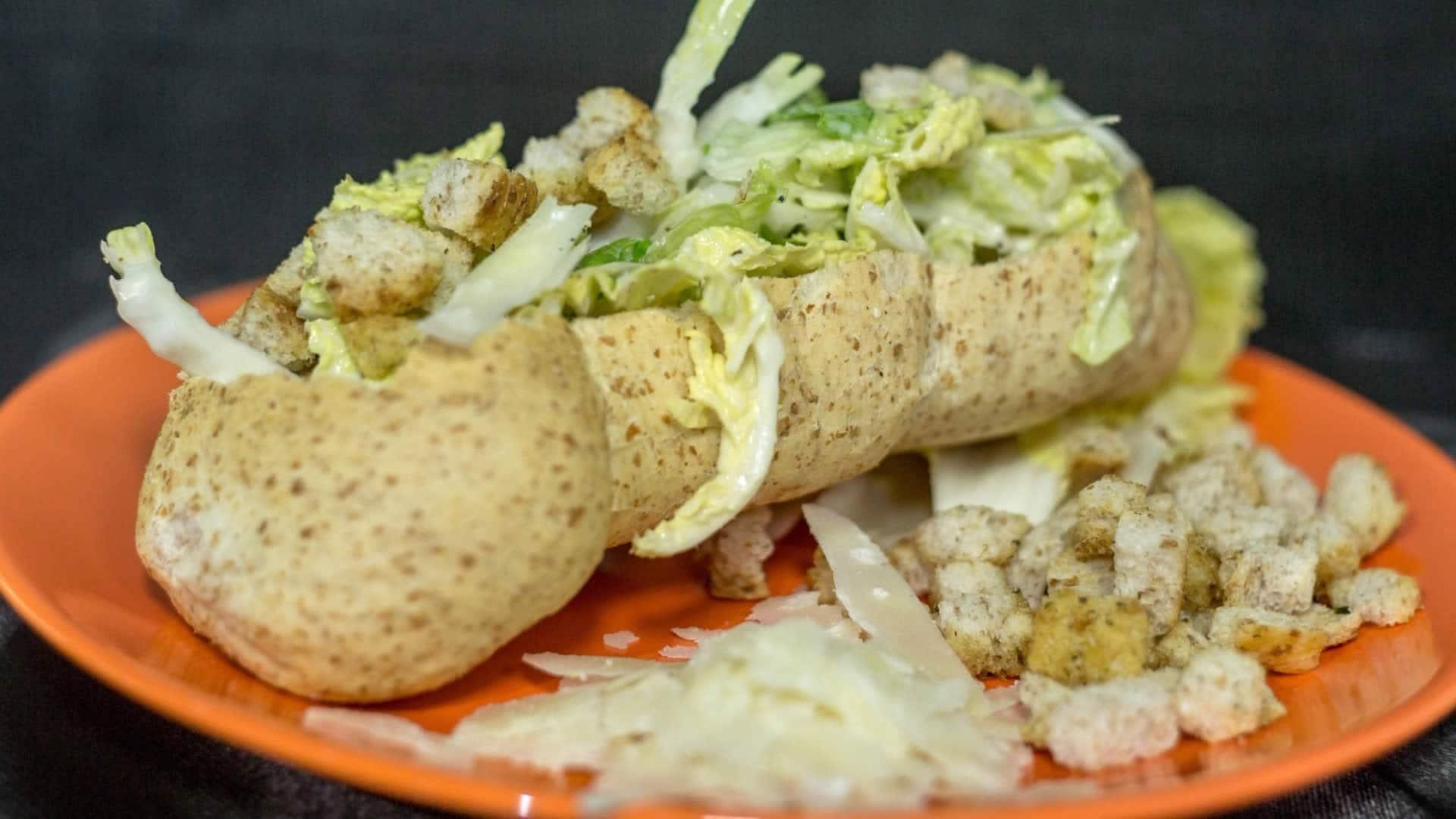Foto Caesar Salad a Modo Mio (Senza Uova)