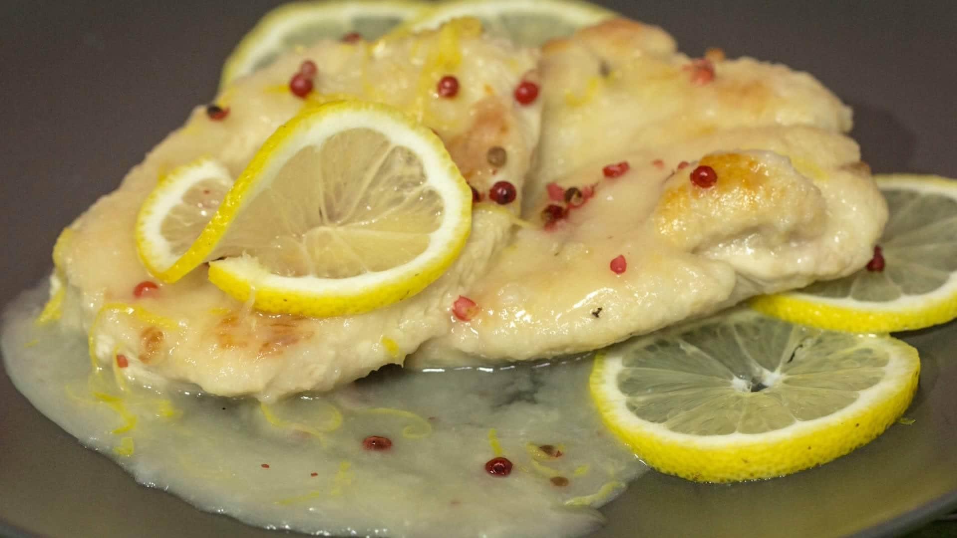 recipe: scaloppine di pollo al limone [1]