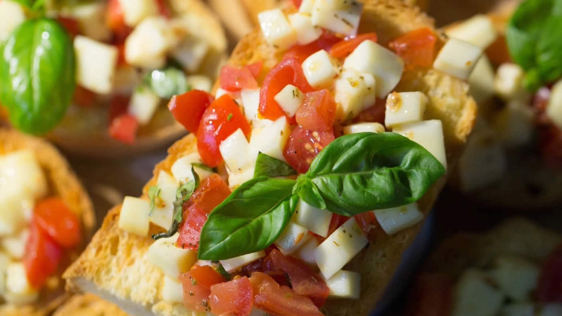Foto Bruschette Sfiziose Pomodoro e Mozzarella