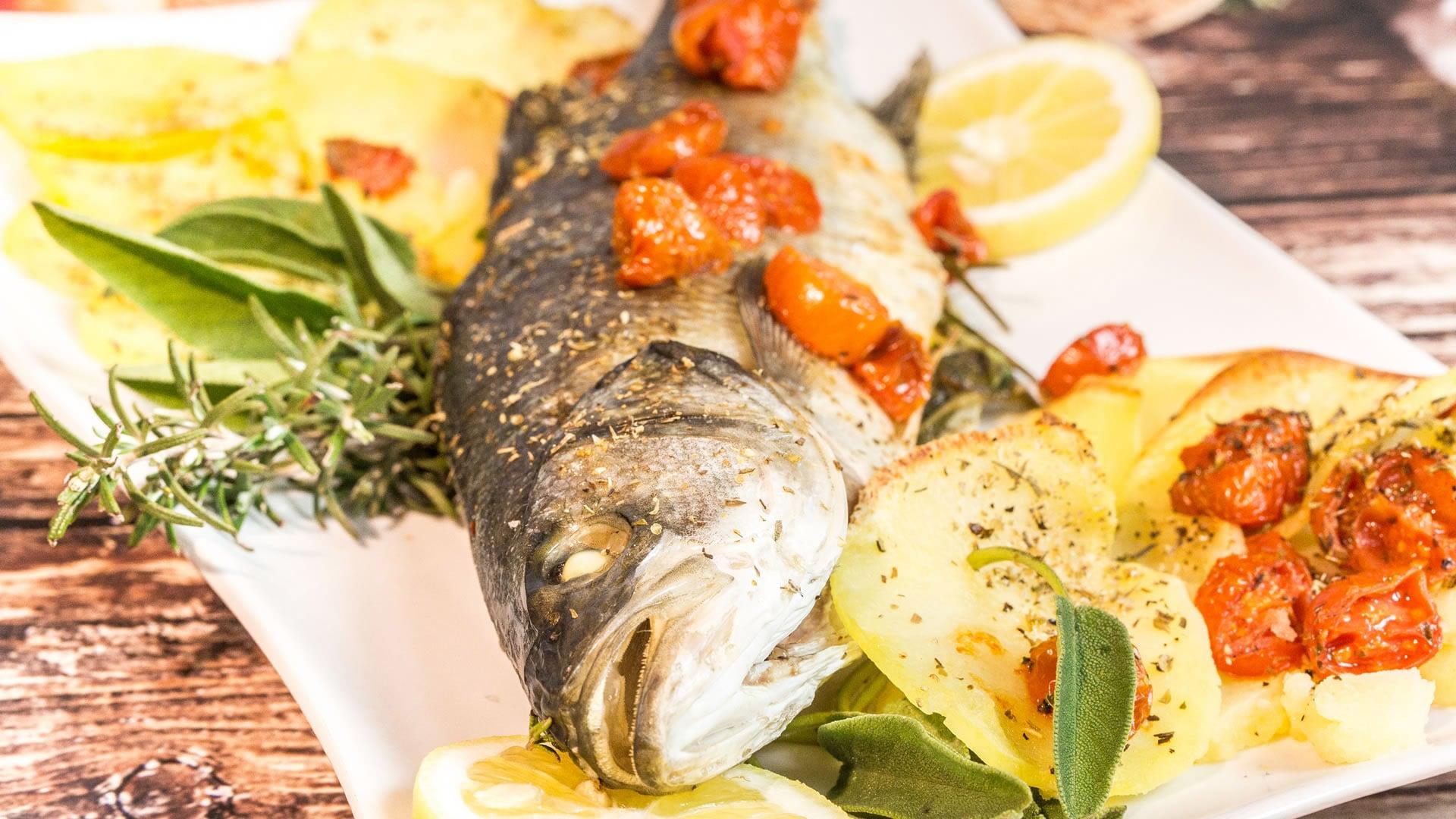 Foto Pesce al Forno con Patate