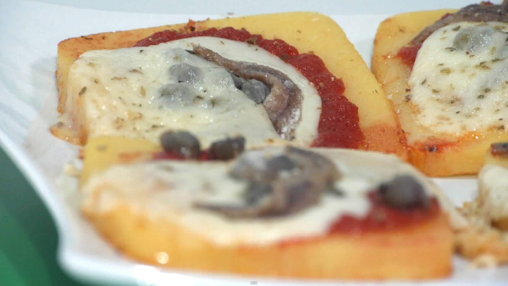 Foto Pizzette di polenta per celiaci
