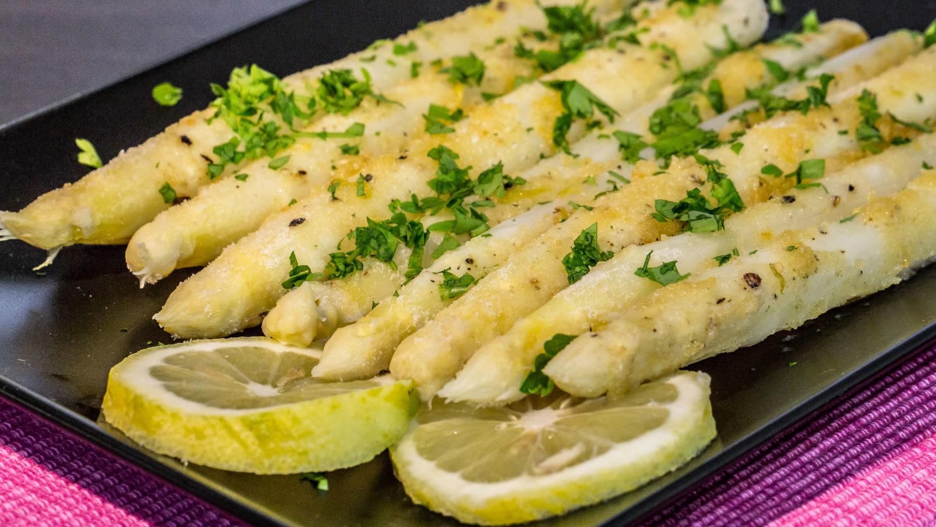 Asparagi gratinati al microonde for Microonde ricette
