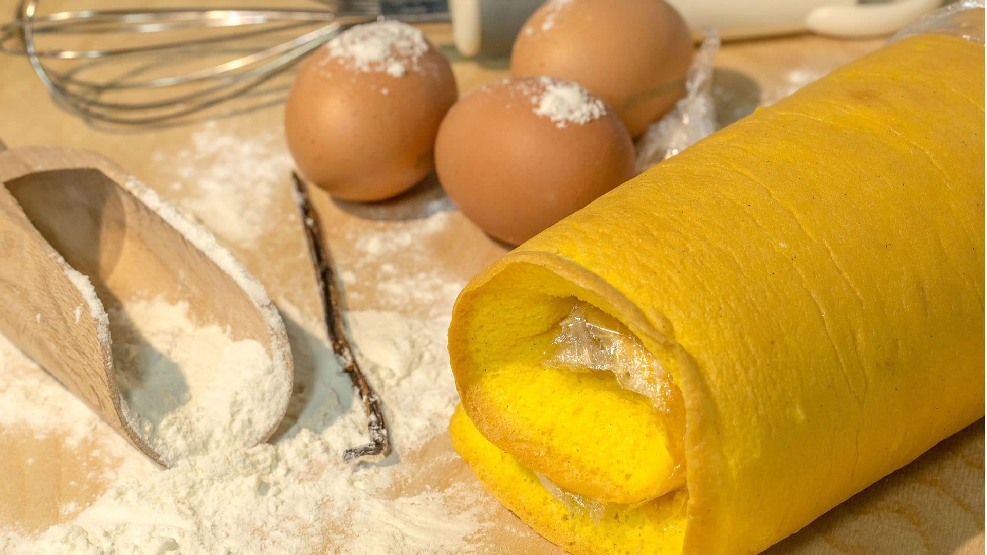 Foto Pasta Biscotto alla Vaniglia (Bisquit) - Pan di Spagna per Rotolo Dolce