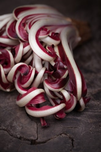 https://www.my-personaltrainer.it/imgs/2018/05/18/radicchio-di-treviso-orig.jpeg