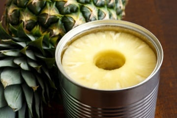 https://www.my-personaltrainer.it/imgs/2018/07/14/ananas-sciroppato-orig.jpeg