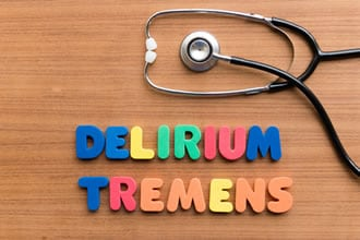 https://www.my-personaltrainer.it/imgs/2019/01/04/delirium-tremens-diagnosi-orig.jpeg