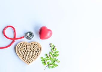 https://www.my-personaltrainer.it/imgs/2019/02/28/colesterolo-alto-rimedi-erboristici-orig.jpeg