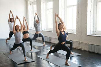 https://www.my-personaltrainer.it/imgs/2019/03/18/yoga-orig.jpeg