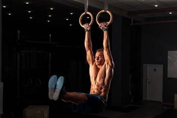 https://www.my-personaltrainer.it/imgs/2019/04/04/allenamento-con-gli-anelli-orig.jpeg