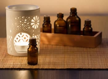 https://www.my-personaltrainer.it/imgs/2019/07/11/aromaterapia-orig.jpeg