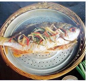 Cottura pesce al vapore