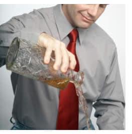 Il marito beve questo aiuterà